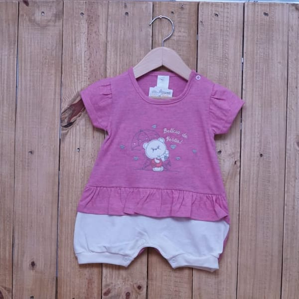 Macacão para Bebê Curto Bordado de uma Ursinha e Strass Rosa Escuro com Off White