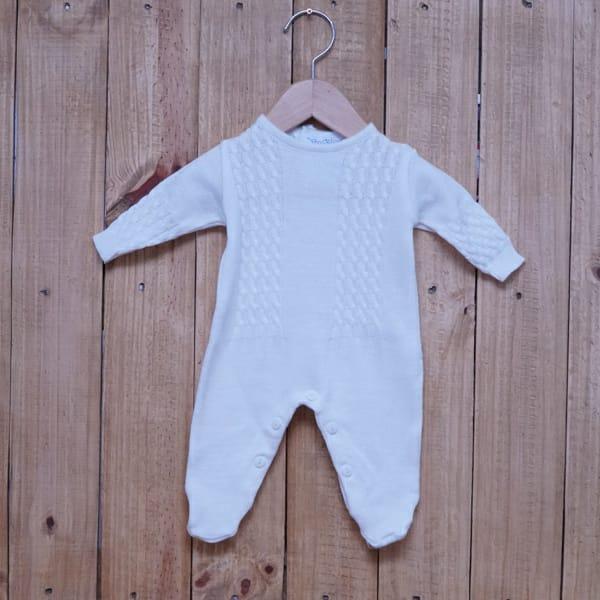 Macacão para Bebê em Tricot Trança Branco