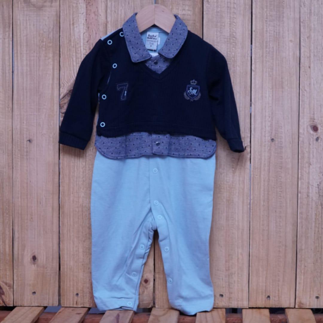 Macacão para Bebê Gola Polo Bordado com Detalhe na Frente Azul