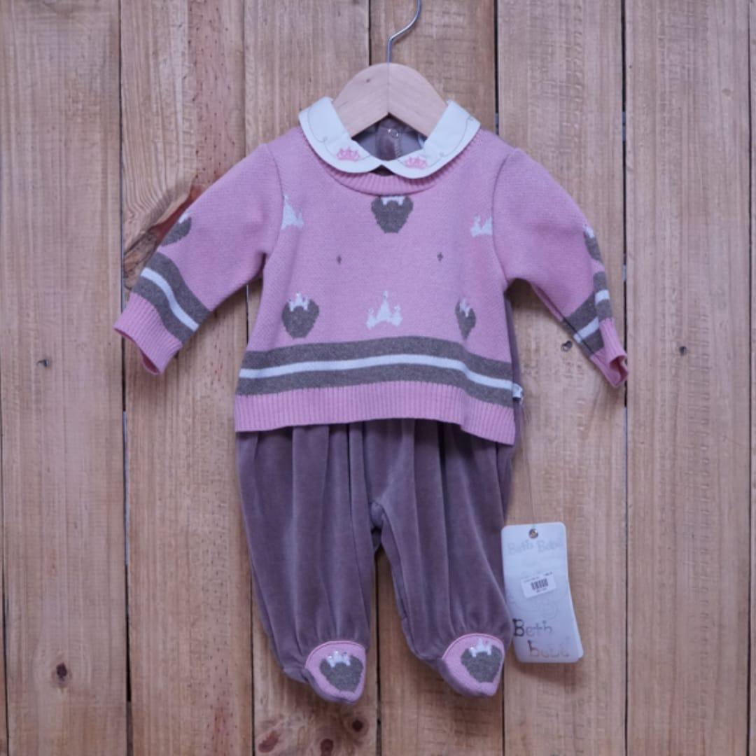 Macacão para Bebê Plush Bordado com Detalhe em Tricot  e Strass Rosa