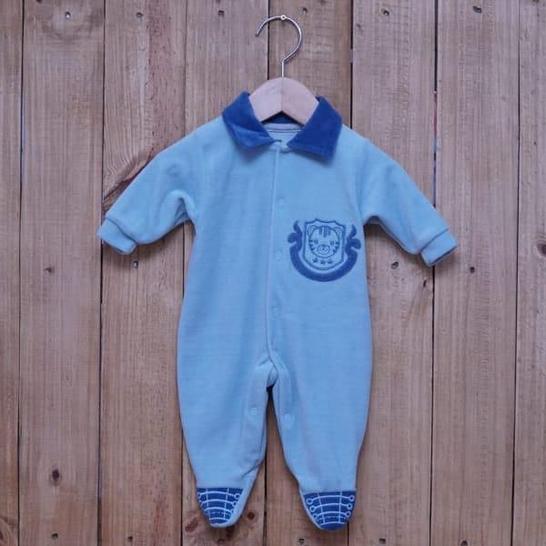 Macacão para Bebê Plush com Bordado Azul Claro