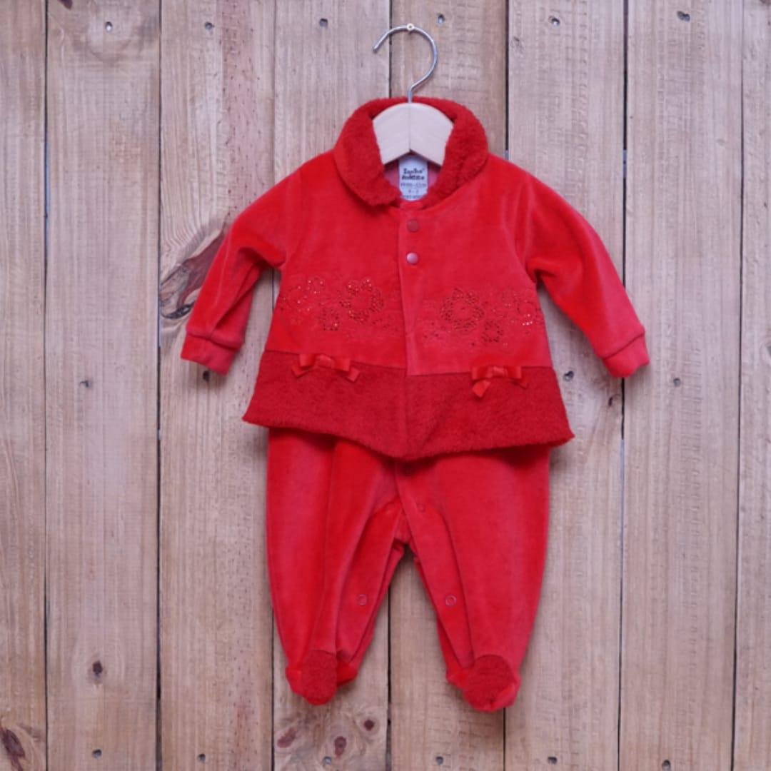 Macacão para Bebê Plush com Detalhe na Frente Vermelho