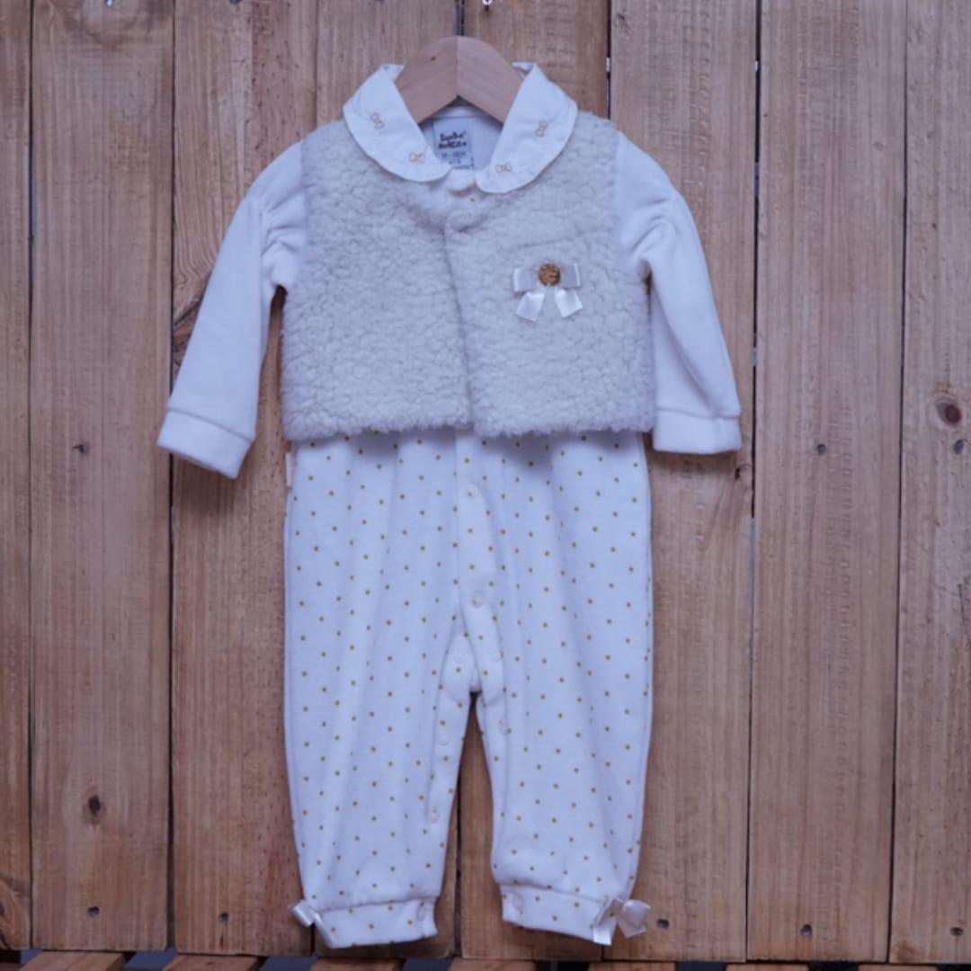 Macacão para Bebê Plush com Detalhe na Frente Off White