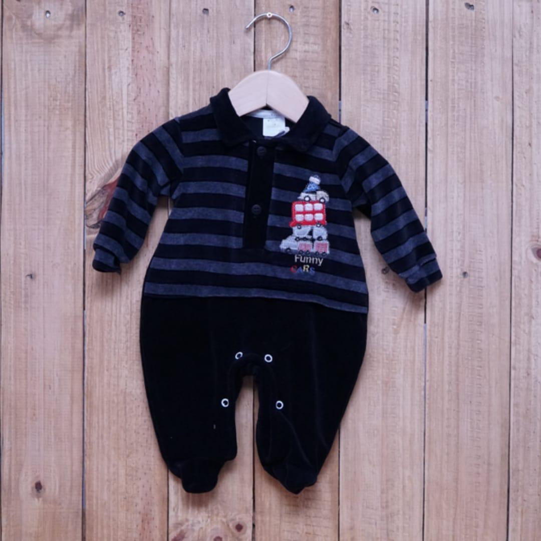 Macacão para Bebê Plush Bordado com Gola Polo Preto
