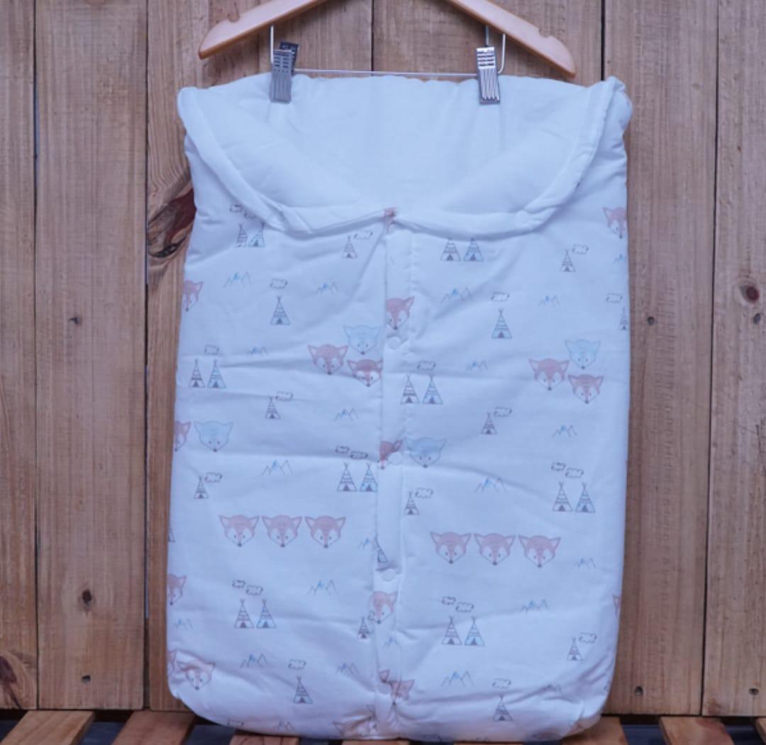 Porta Bebê Estampado Raposa Off White