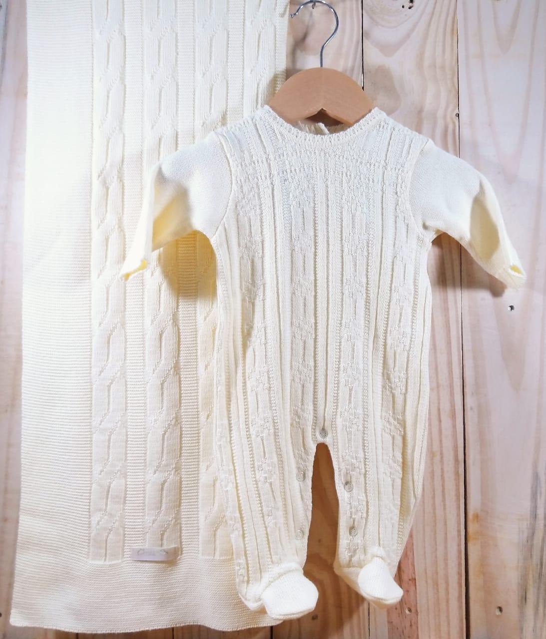 Saida Maternidade em Tricot para Bebê Amarelo