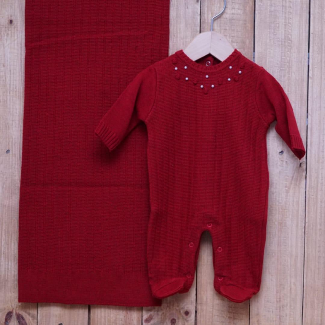 Saída Maternidade em Tricot para Bebê com Detalhe em  Flores e Pérolas  Vermelho