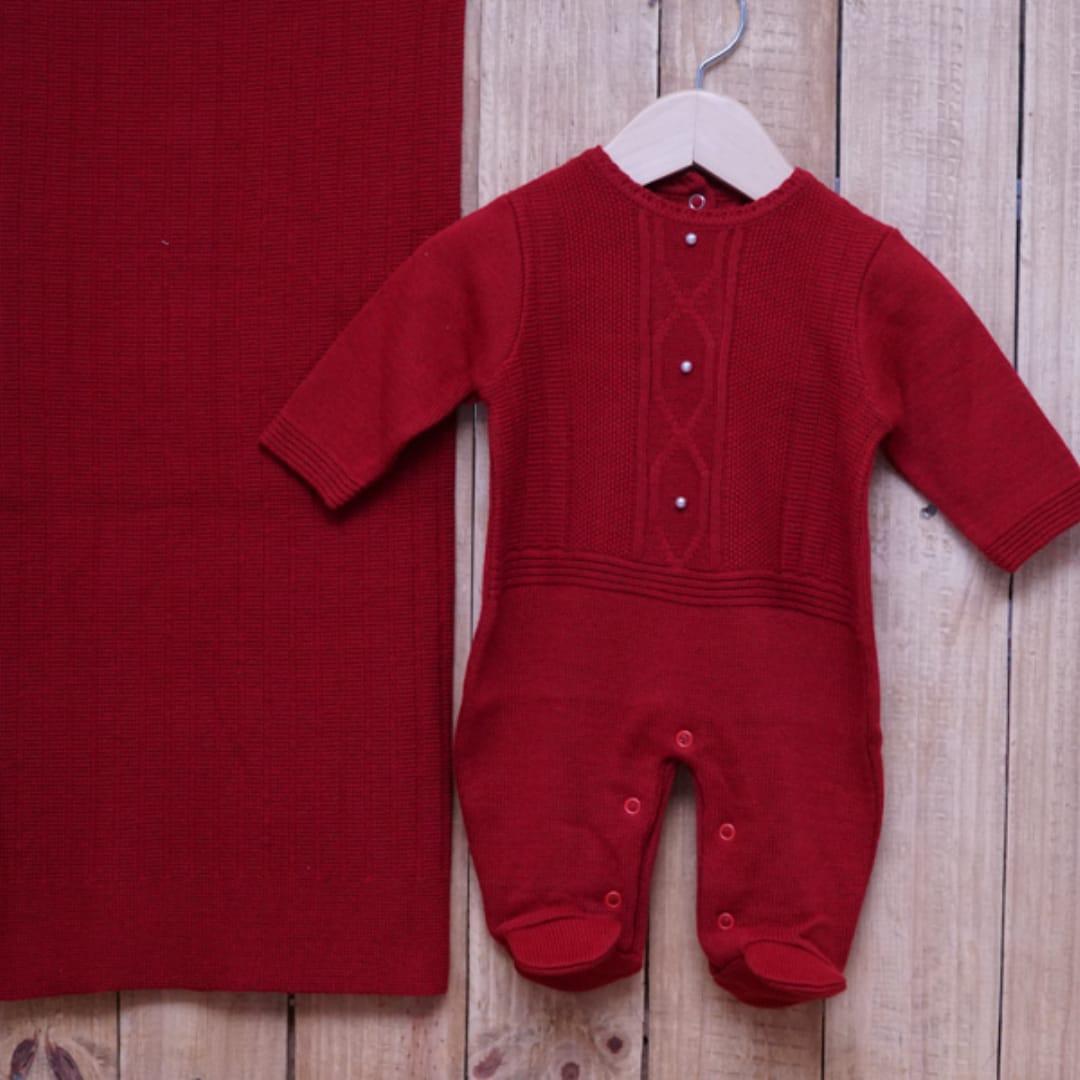 Saída Maternidade em Tricot para Bebê com Detalhe em Pérolas Vermelho