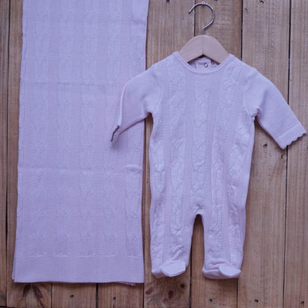 Saída Maternidade em Tricot para Bebê Trançado Rosa