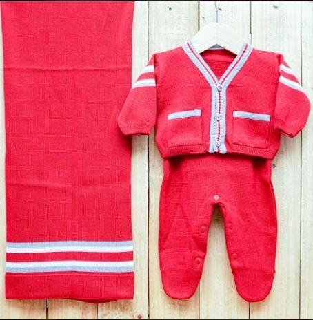 Saída Maternidade para Bebê Casaquinho Jacquard  em Tricot Vermelho