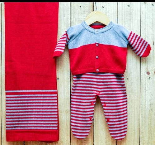 Saída Maternidade para Bebê em Tricô Vermelha