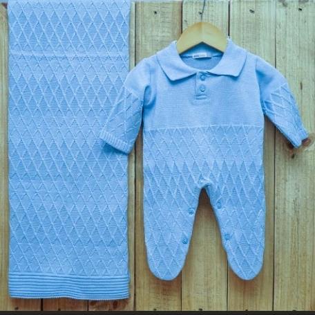 Saída Maternidade para Bebê em Tricot com Gola Polo Azul Claro