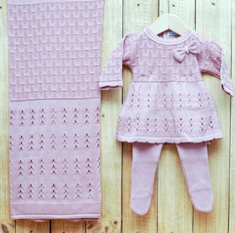 Saída Maternidade para Bebê em Tricot Vestido com Meia Calça Rose