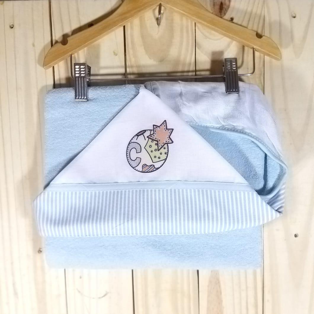 Toalha de Banho para Bebê com Capuz Bordado Azul Claro