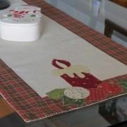 Caminho de Mesa em Linho Natal