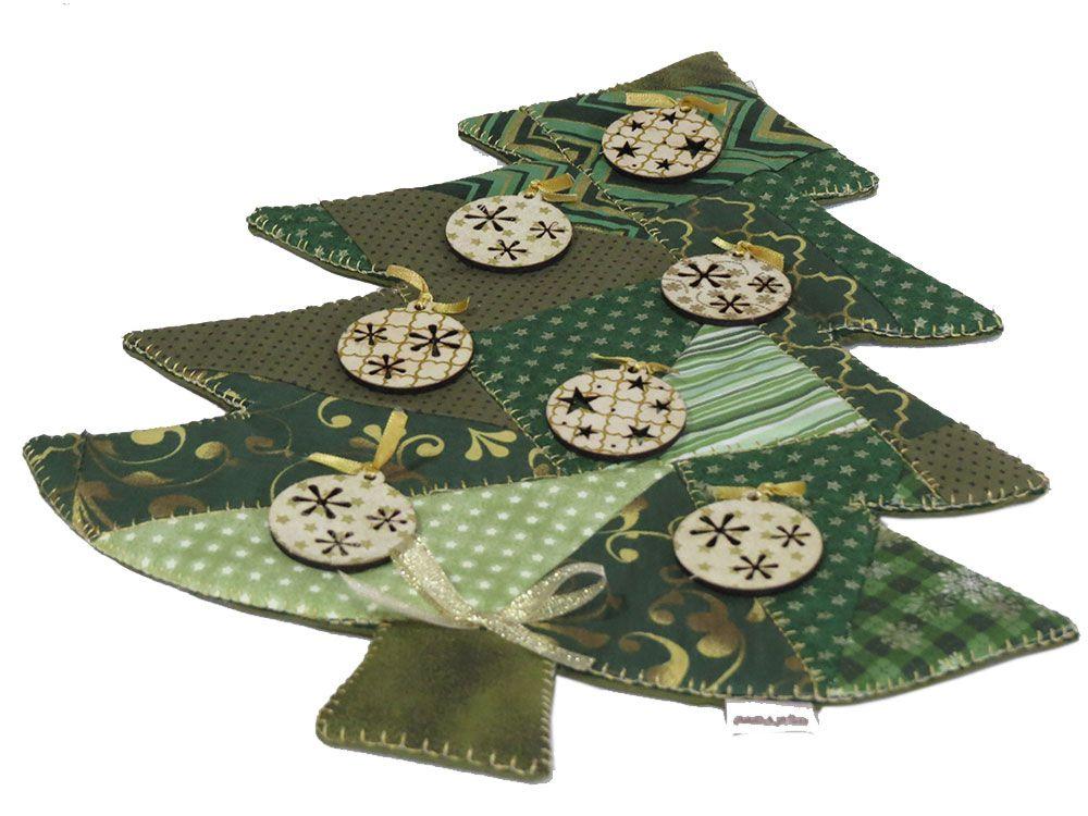 Enfeite de Natal Patchwork Pinheiro Bolas