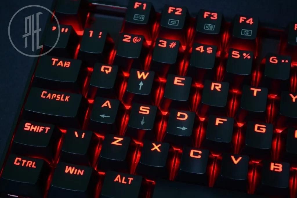 Teclado Mecânico Gamer Kumara K552 Outemu Brown Led Vermelho