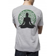 Camiseta Amazônia Meditando Folhas - Cinza Mescla