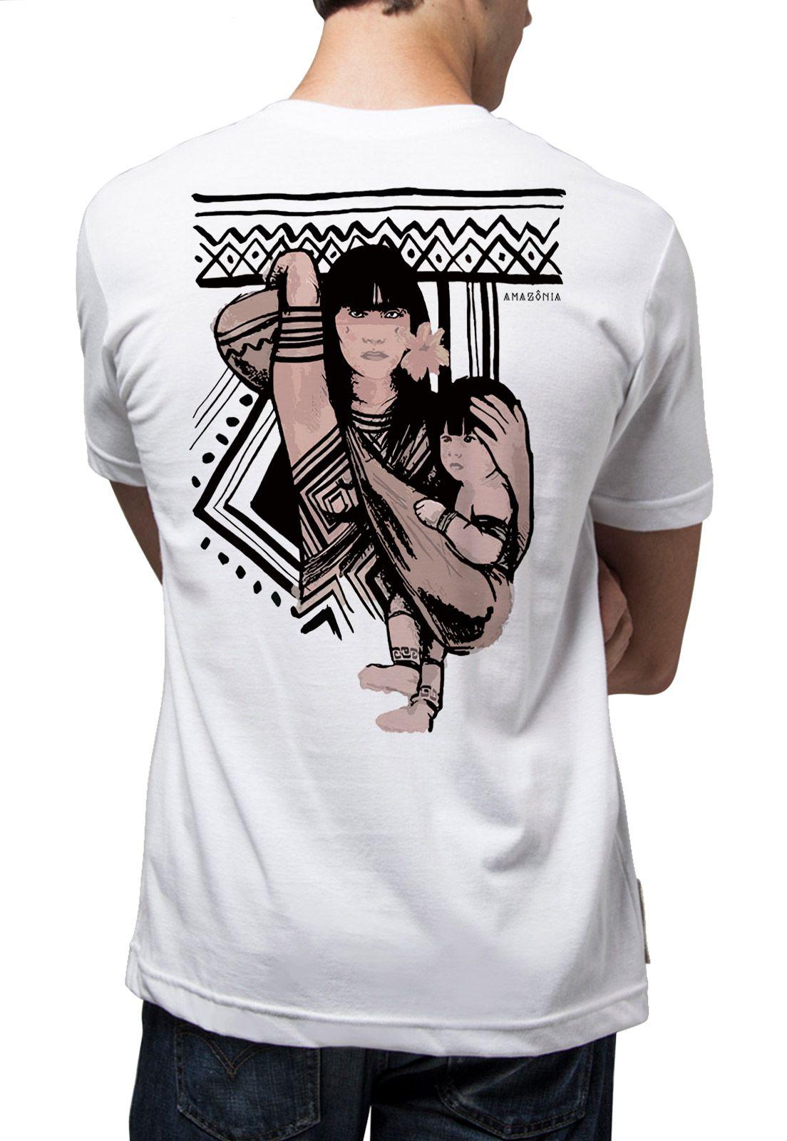 Camiseta Amazônia Família Indígena - Branco