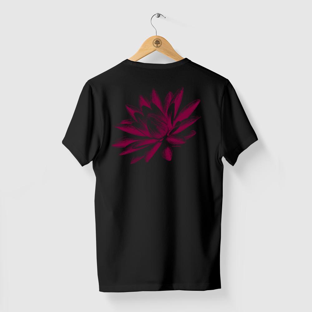 Camiseta Amazônia FLOR VITÓRIA-RÉGIA - PRETO