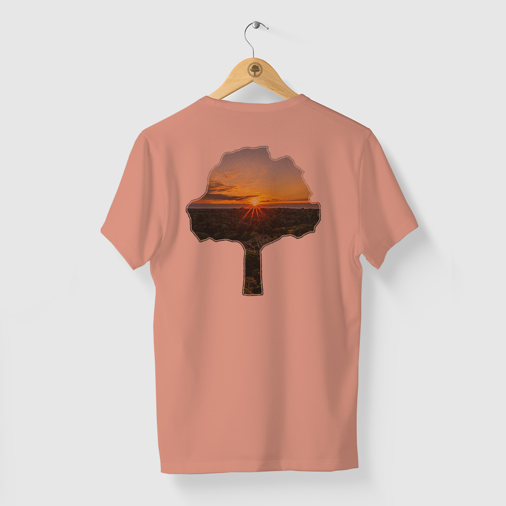Camiseta Amazônia PÔR DO SOL NA FLORESTA - SALMÃO