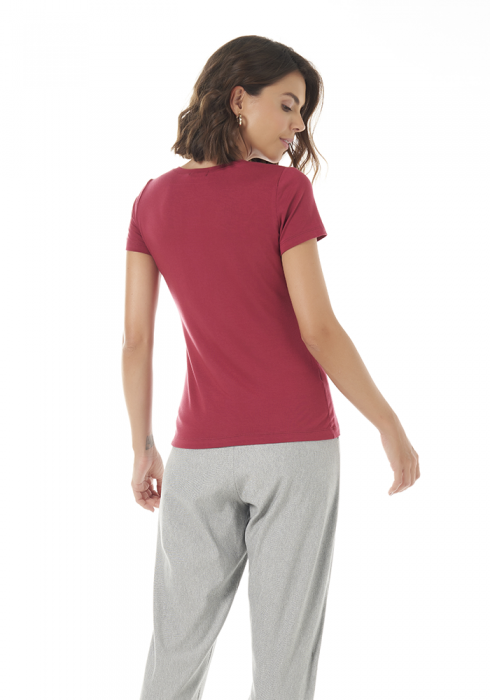 Blusa Básica Cereja Decote Redondo