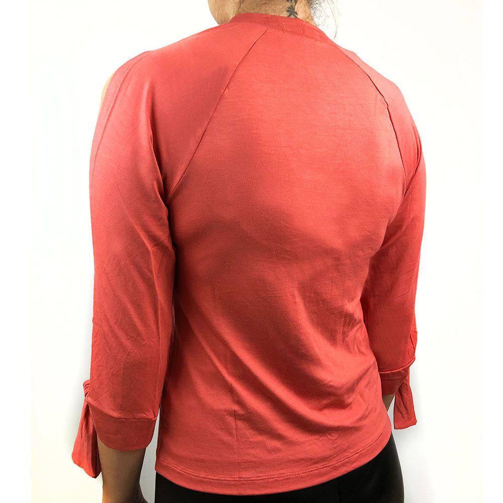 Blusa Com Abertura Mangas Rosê