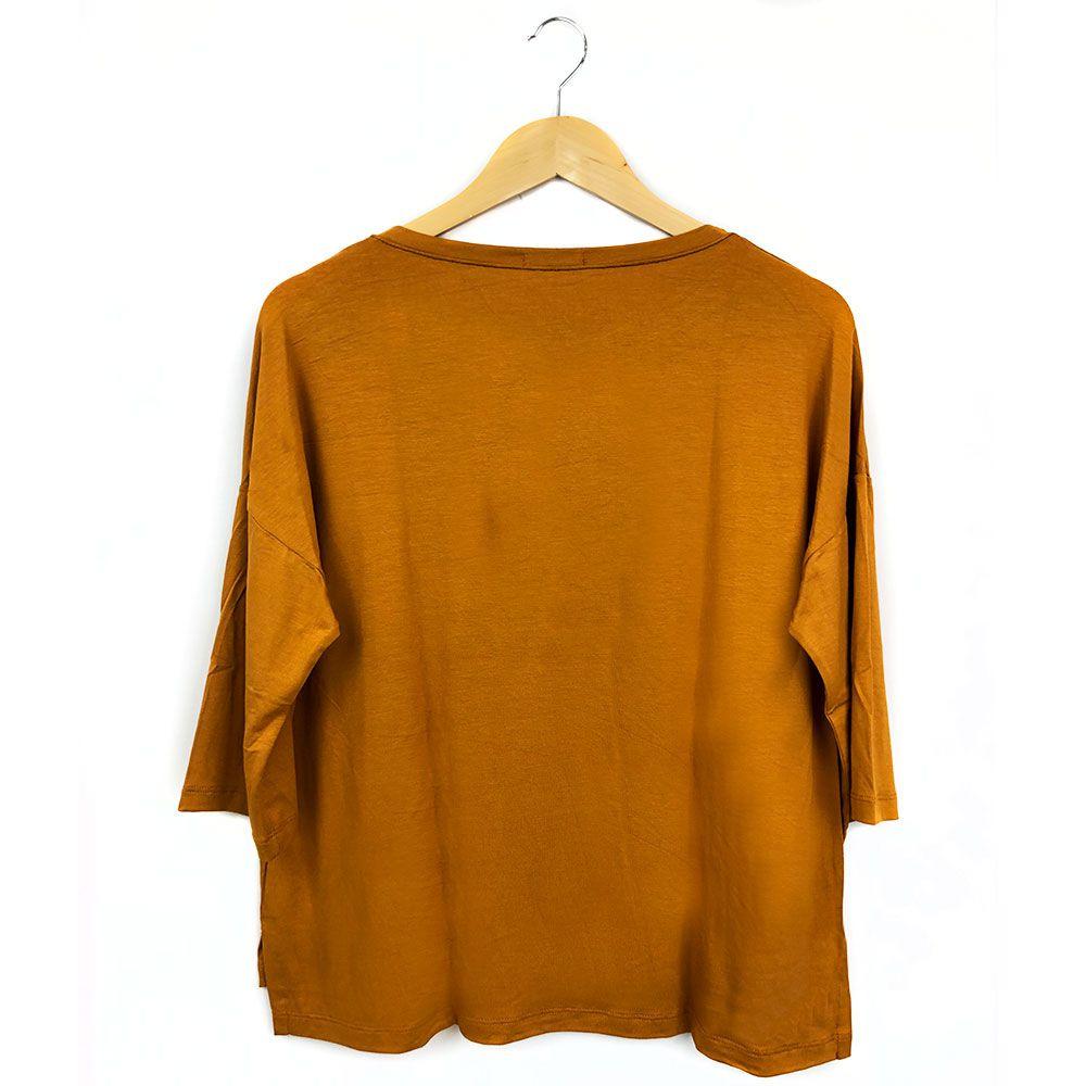 Blusa Com Detalhe Meia Argola Amarelo Queimado