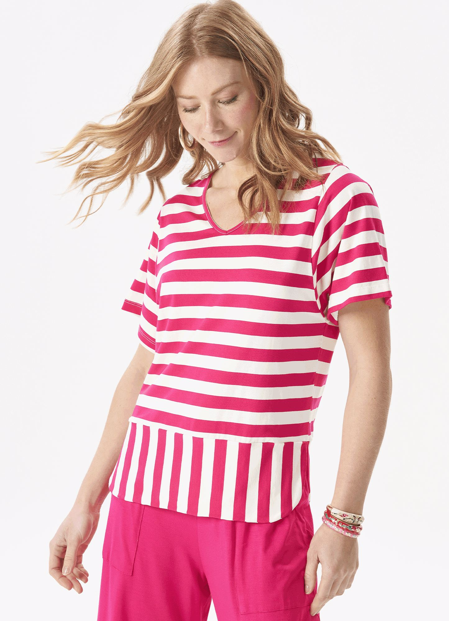 Blusa Feminina Plus Size Malha Rosa Listrada Barra Arredondada