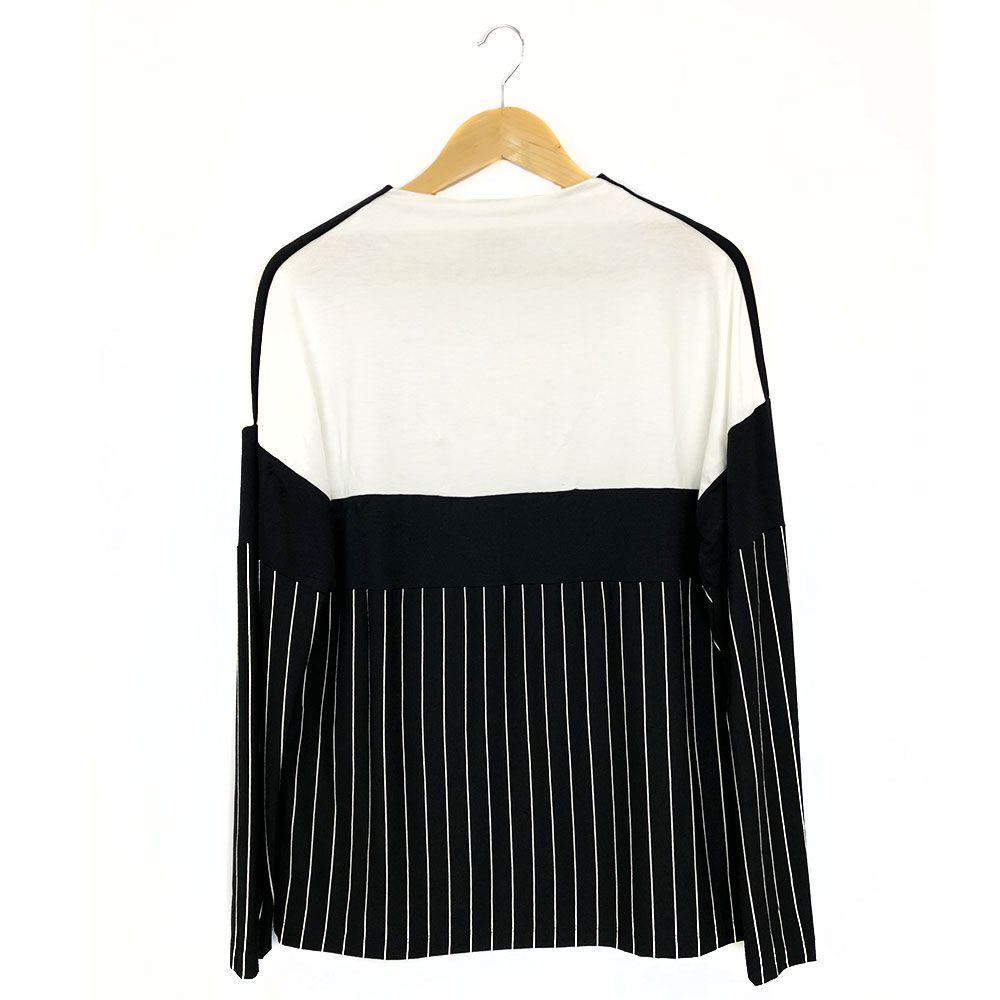 Blusa Listrada Com Recortes Bicolor Preto/Off White