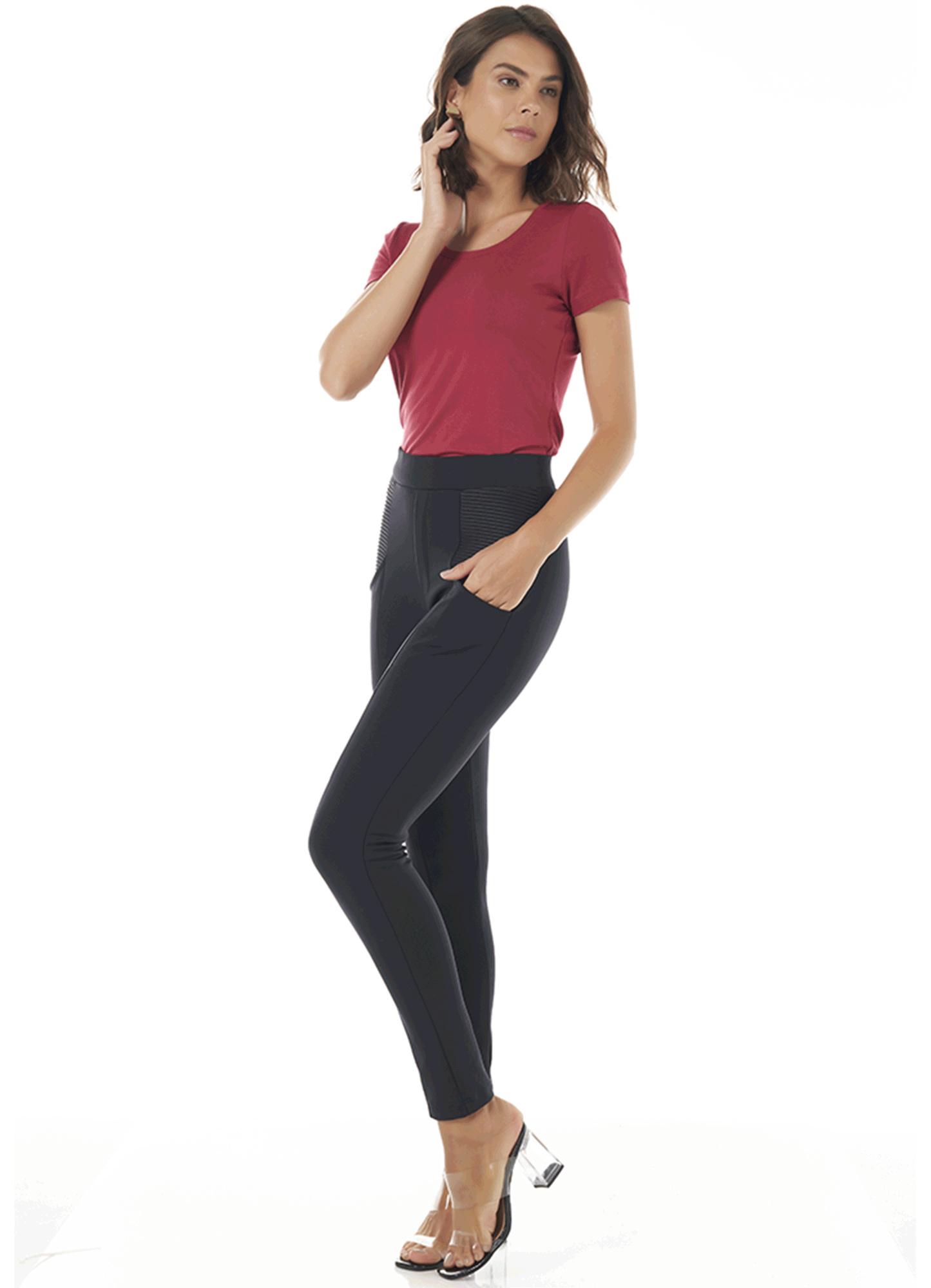 Calça Montaria Body Fit Feminina Poliamida Preta com Bolso na Frente