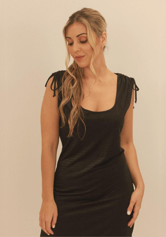 Vestido Decote U Franzido Ombro Preto
