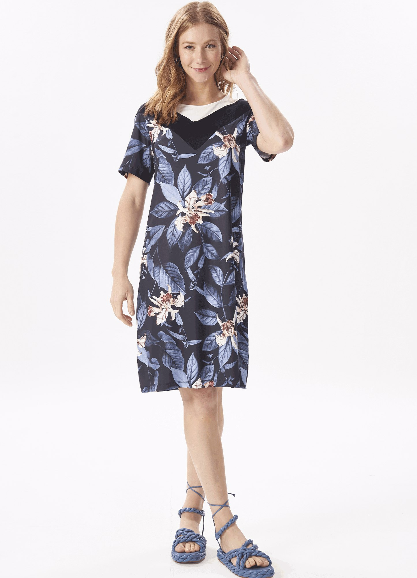 Vestido Feminino Malha Reto Estampa Floral Decote Liso