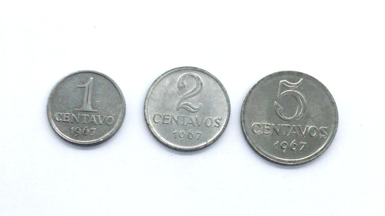 Set Padrão Monetário Cruzeiro Novo 1967 - 1, 2 e 5 Centavos.