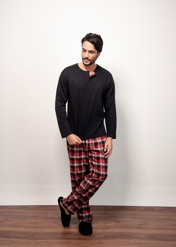 Kit Casal Pijama Longo em Flanela - Vermelho
