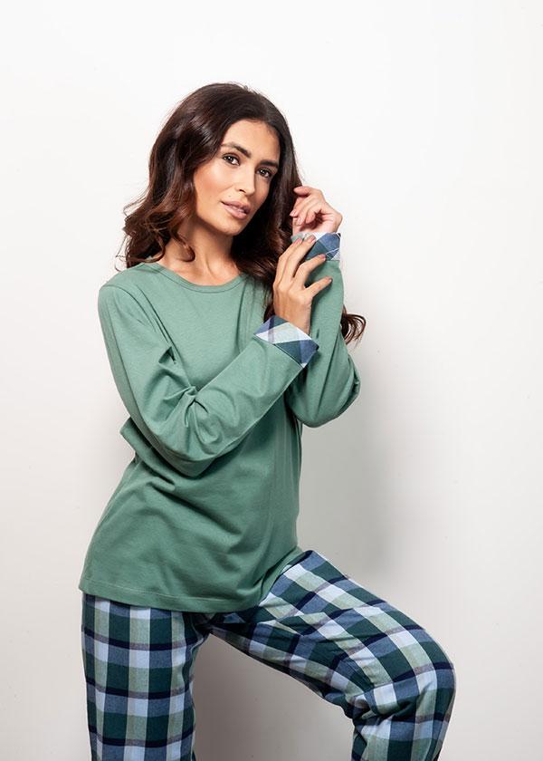 Kit Casal Pijama Longo Suedine e Flanela - Verde