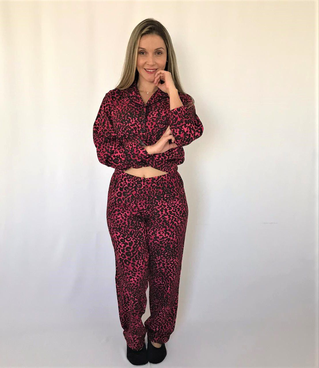 Pijama Feminino Longo Aberto Viscose Onça