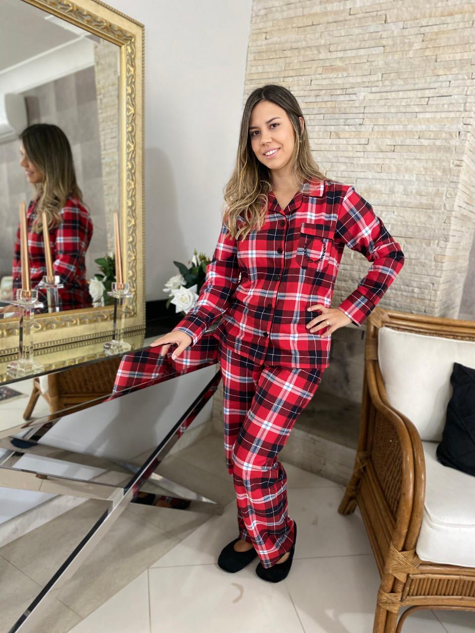 Pijama Feminino Aberto de Flanela Xadrez Vermelho