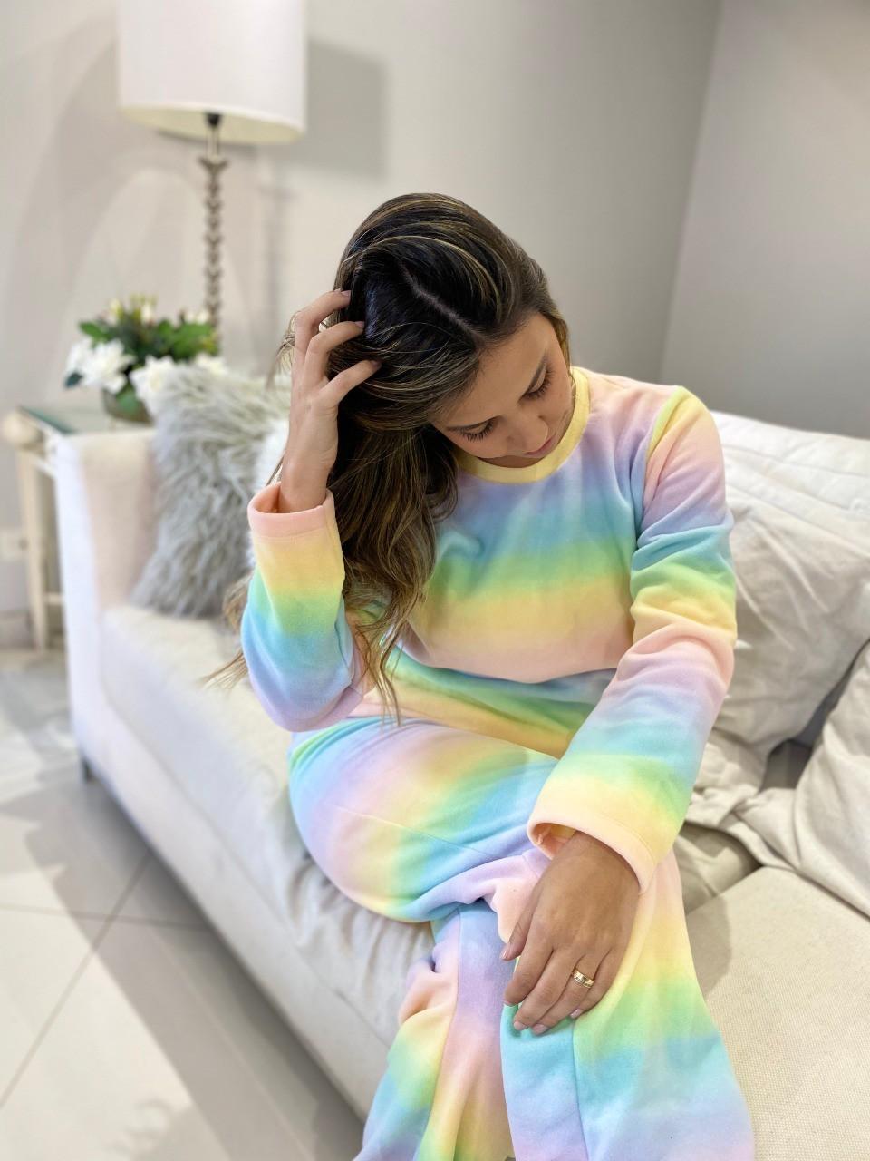 Pijama Feminino Longo Micro Soft Arco-Íris