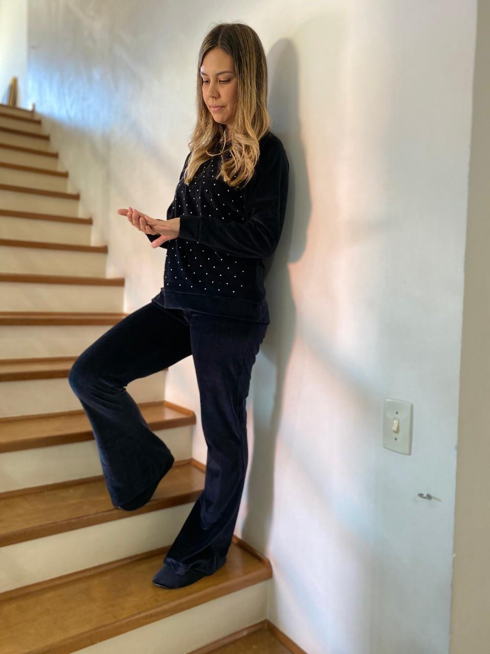Pijama Feminino Longo Plush Com Pérola Preto