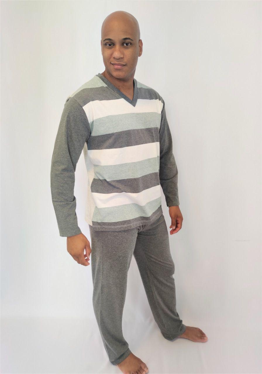 Pijama Masculino Longo em Meia Malha Listrado