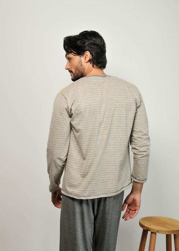 Pijama Masculino Longo Listrado em Malha