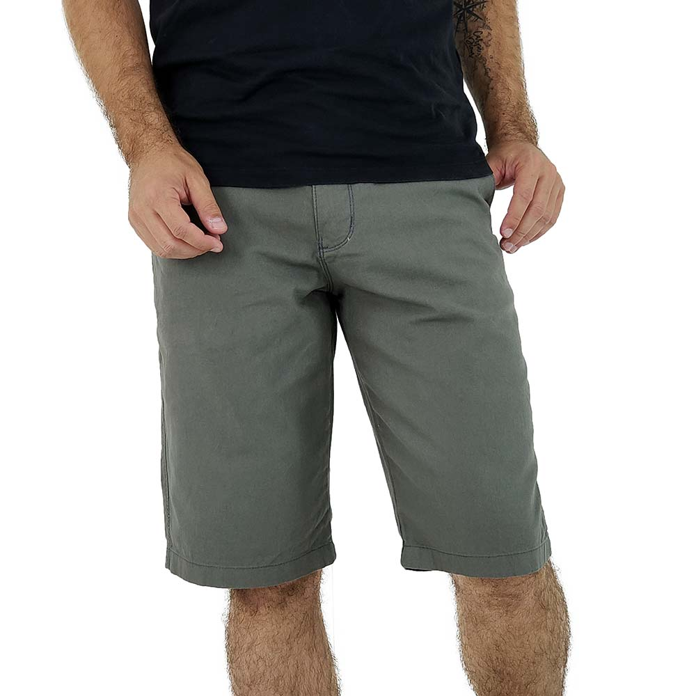 Bermuda Cinza Masculina de Sarja Bamborra