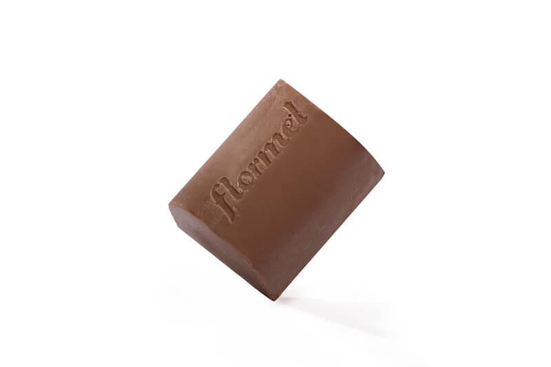 Bombom de chocolate ao leite c/ castanha de caju zero - Flormel - un