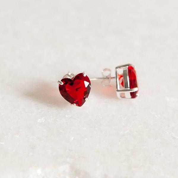 Brinco de Prata 925 Coração Rubi