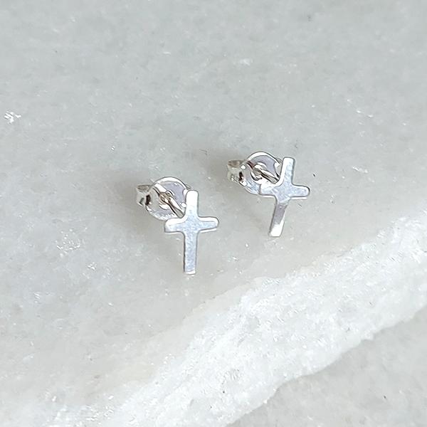 Brinco de Prata 925 Mini Cruz