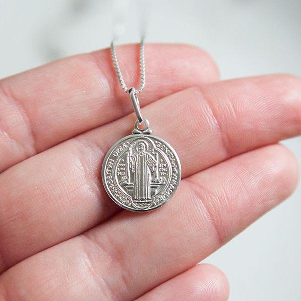 Colar de Prata 925 Medalha São Bento