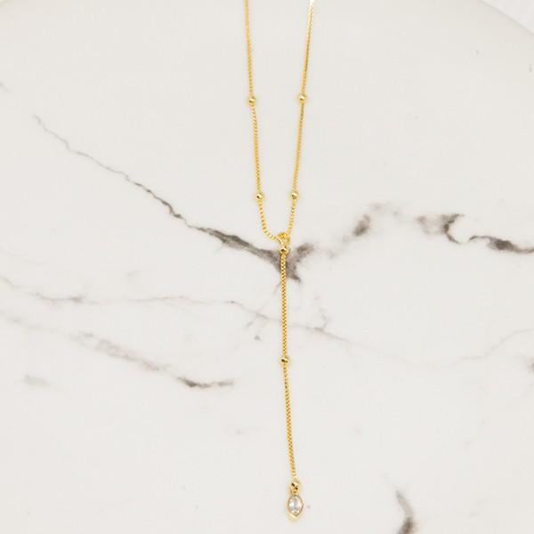 Colar Gravatinha Bolinhas Cristal Banho Ouro Amarelo 18k