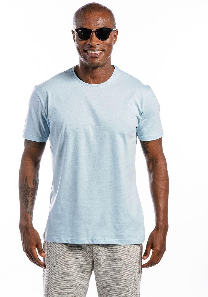 Camiseta Manga Curta Azul Claro Basics Cia Gota