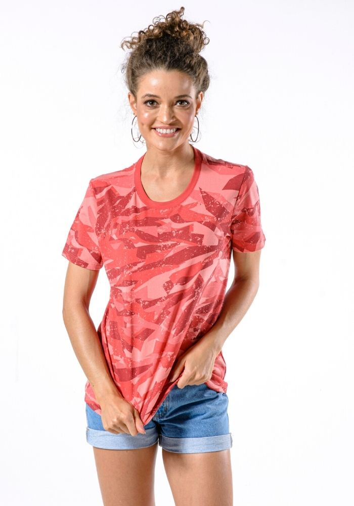Camiseta Manga Curta Feminina Full Camuflada Coral